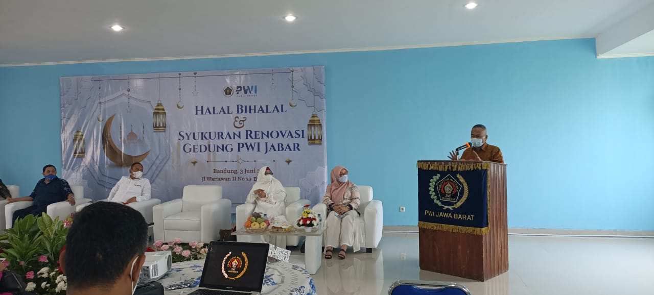 halal-bihalal-dan-syukuran-renovasi-gedung-pwi-jabar-21060505573194.jpeg