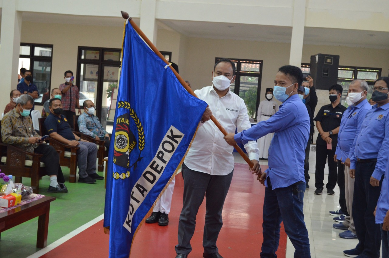 Pengurus PWI Depok 2021-2024 Resmi Dilantik